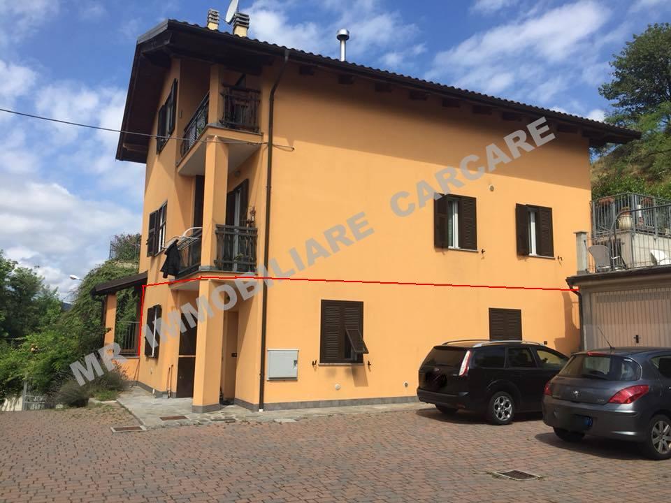 Carcare (SV) Vendesi Appartamento in Casa Trifamiliare