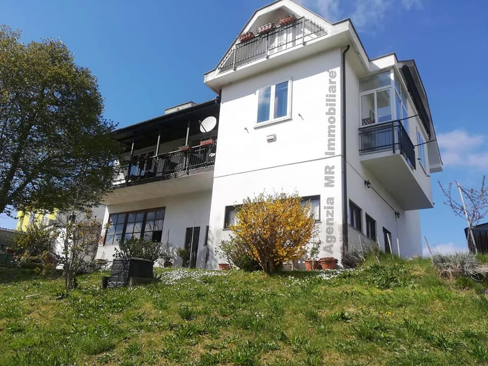 Carcare (SV): Villa Bifamiliare