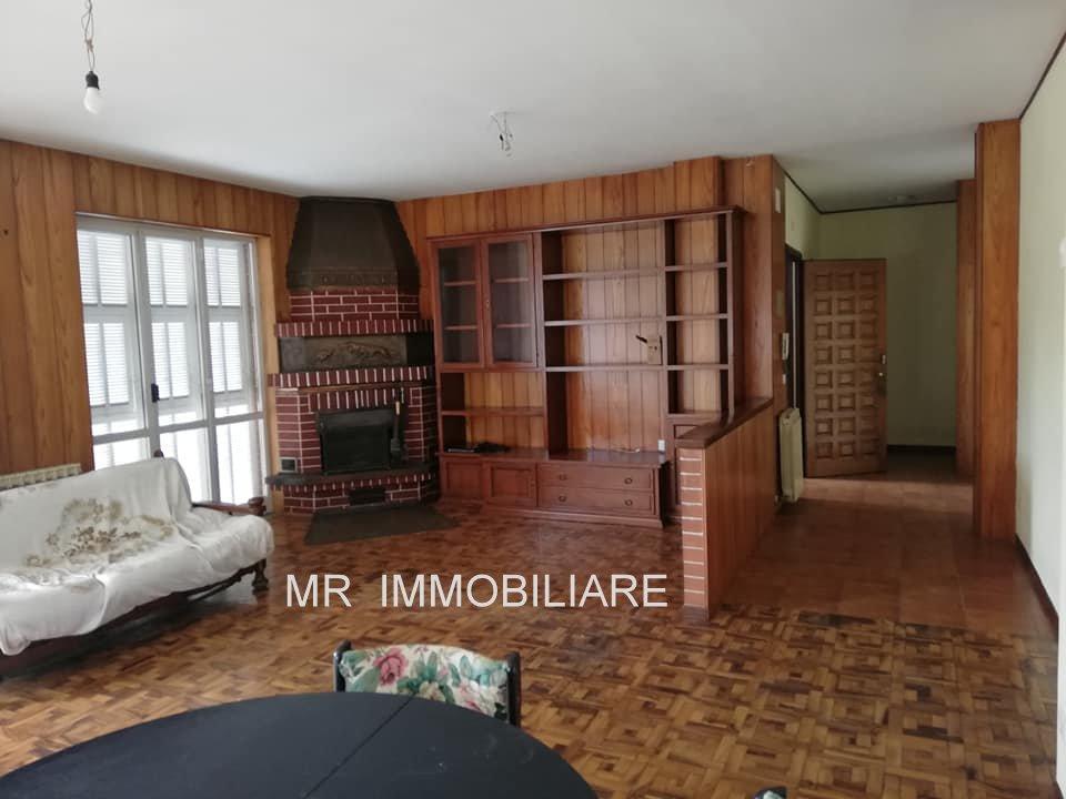 Carcare (SV): Vendesi Appartamento in Casa Trifamiliare