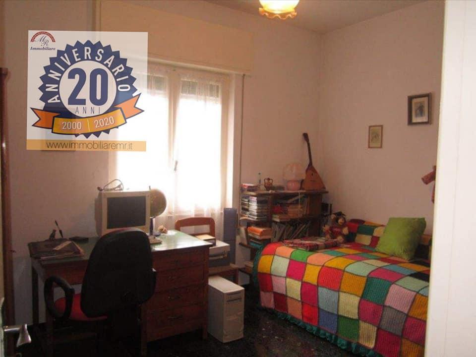 Altare (SV) Vendesi Grande Appartamento