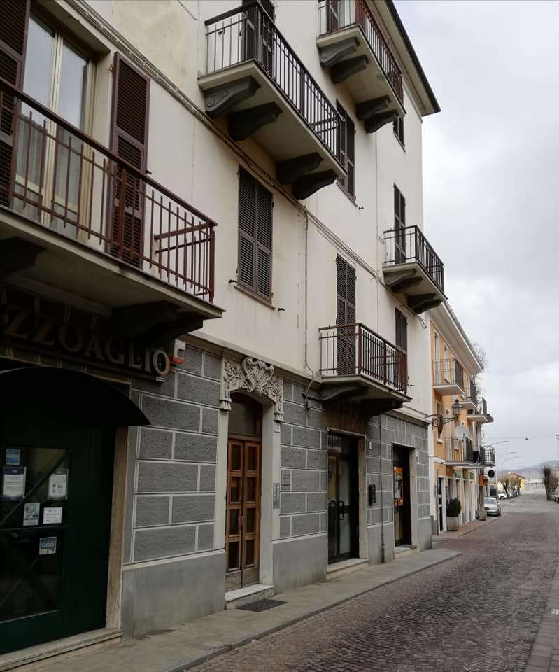 Carcare (SV): Vendesi Appartamento in Via Garibaldi